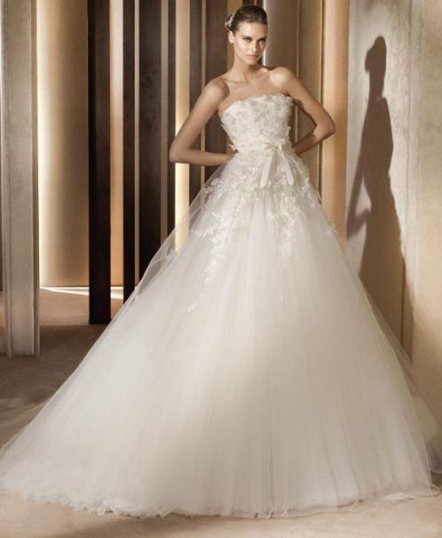 Elie saab wedding gowns for Elie saab wedding dress 2013