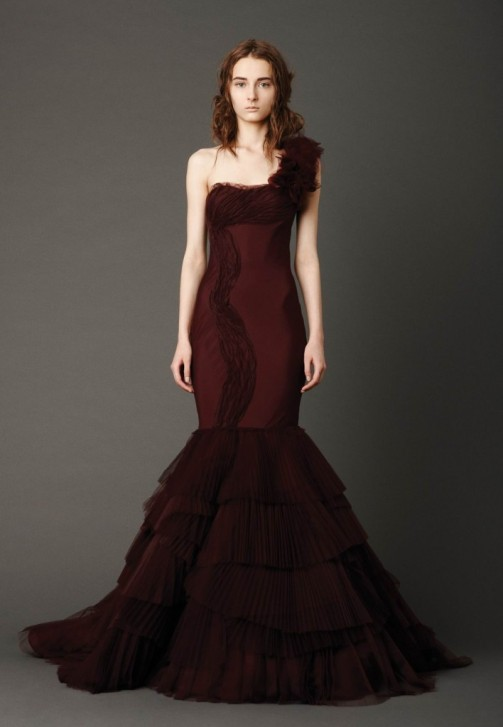 Vera wang dresses 2013 for Best vera wang wedding dresses