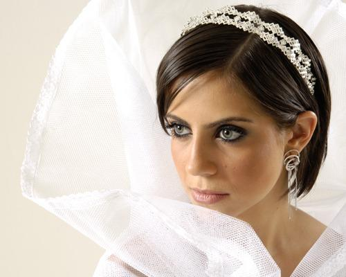 Bridal Hairstyles For Short Hair With Veil