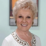 hairstyles for women over 50 with fat faces