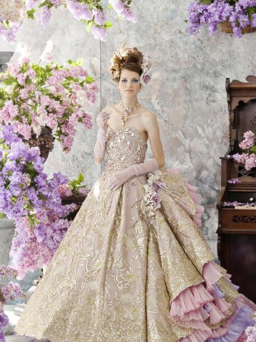 Victorian lilac dresses picture