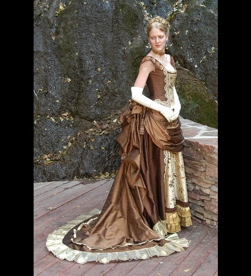 Victorian era dresses for women for Period style wedding dresses