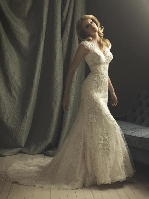 Simple Old Fashioned Wedding Dresses