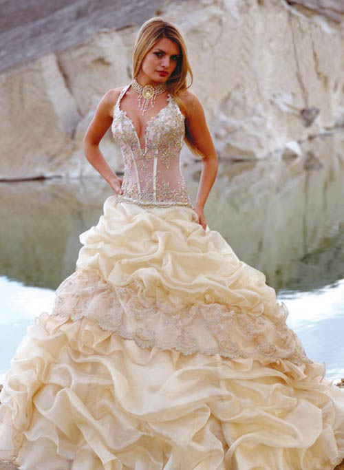 bridal dresses beach weddings
