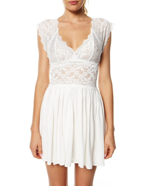 white casual dress for juniors