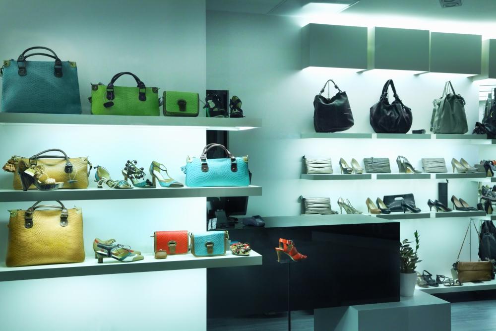 designer handbag store